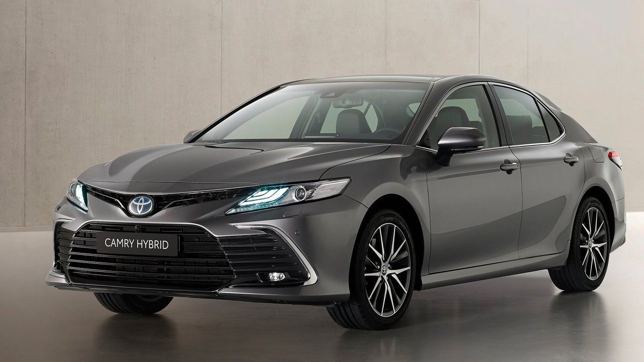2021 Toyota Camry Hybrid Face Lift Revealed M