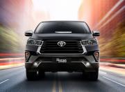 Toyota Innova Crysta Image 5