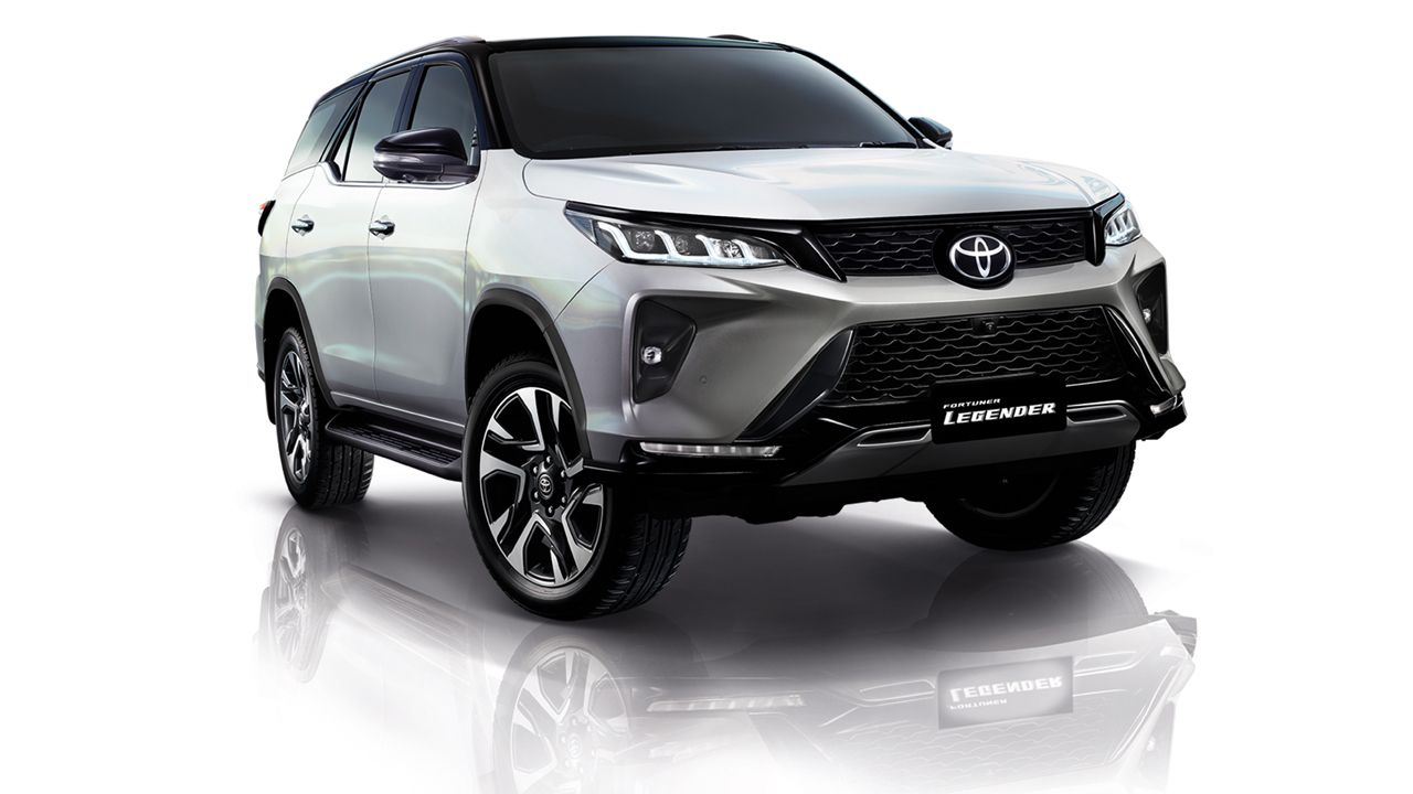 2021 Toyota Fortuner Legender In White
