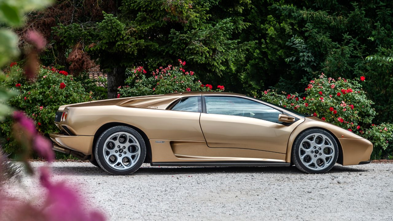 Lamborghini Diablo Side Static
