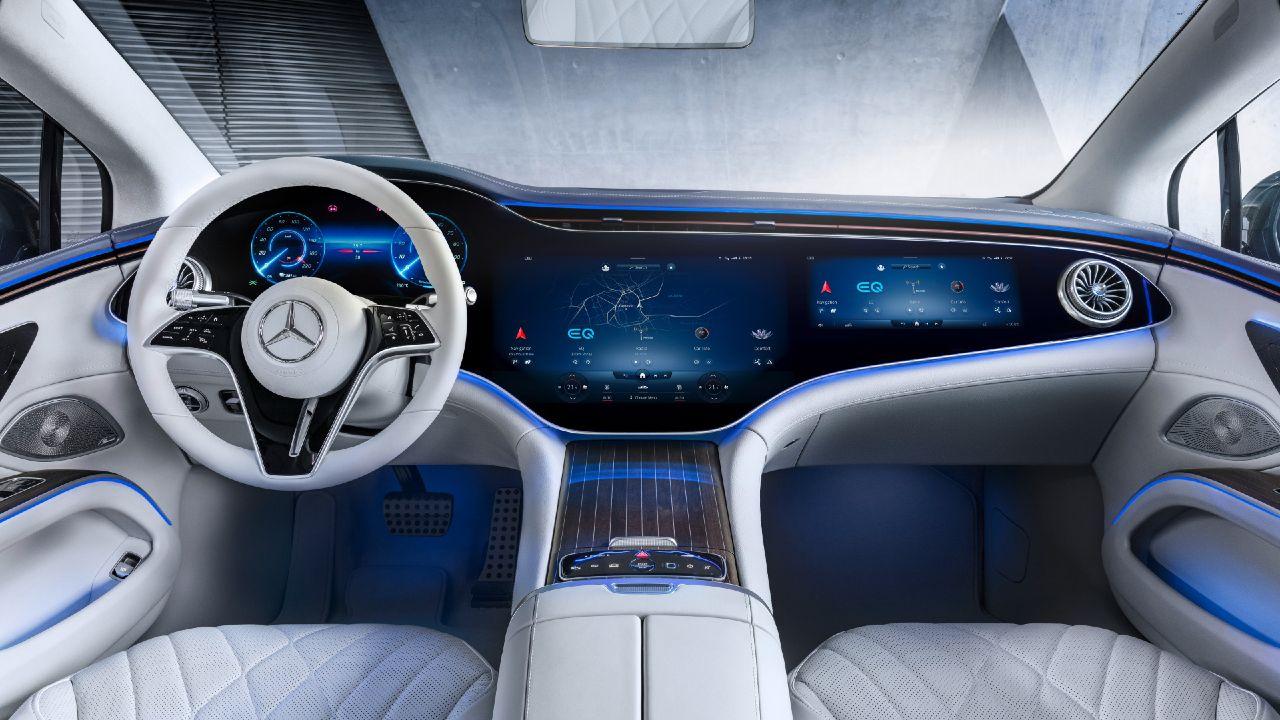 Mercedes Benz EQS Interior MBUS Hyperscreen