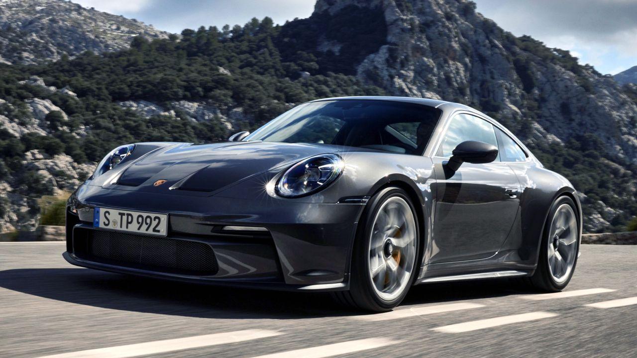 2022 Porsche 911 GT3 Touring Motion Front Quarter
