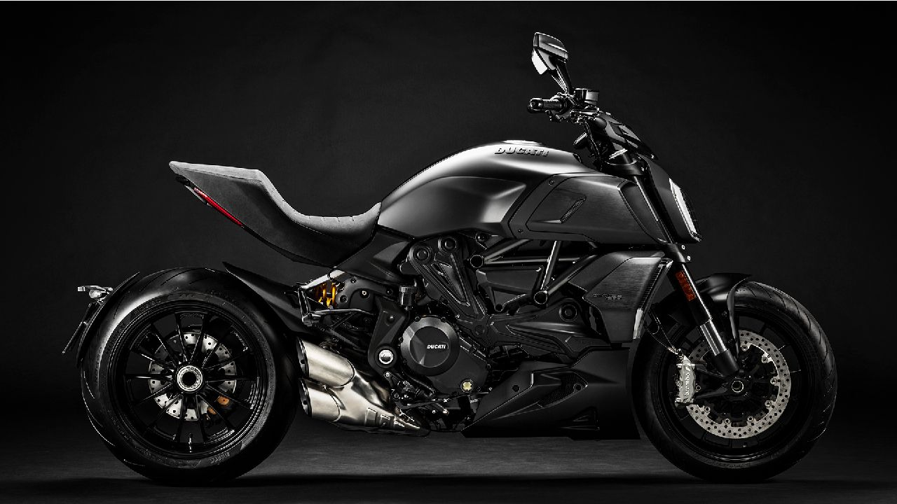 BS6 Ducati Diavel 1260 All Black Colour Scheme Side Shot
