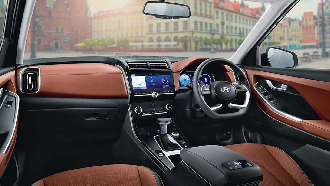 Hyundai Alcazar Tan And Black Interiors
