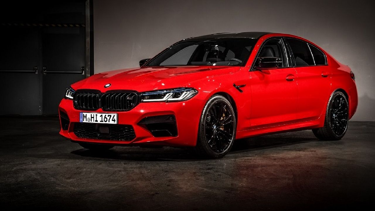 2021 BMW M5 Competition Front Three Quarter Static