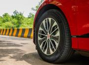 2021 jaguar i pace electric details alloy wheels m11