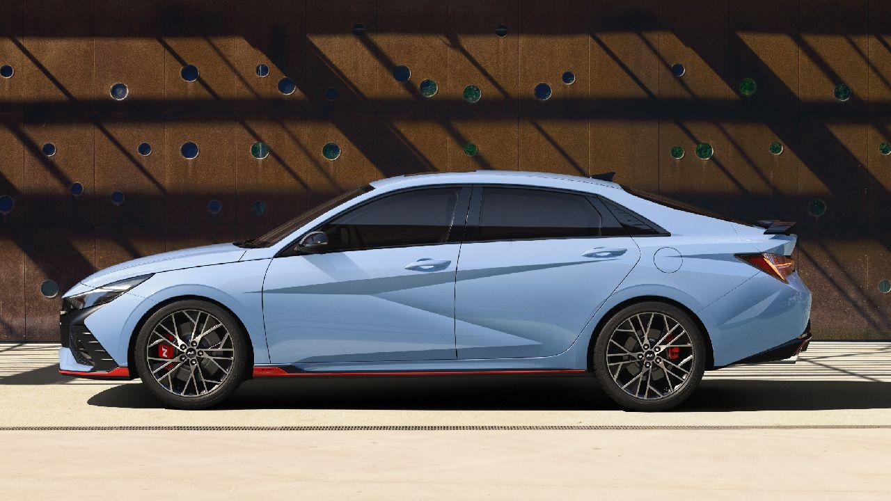 Hyundai Elantra N Side Profile Static
