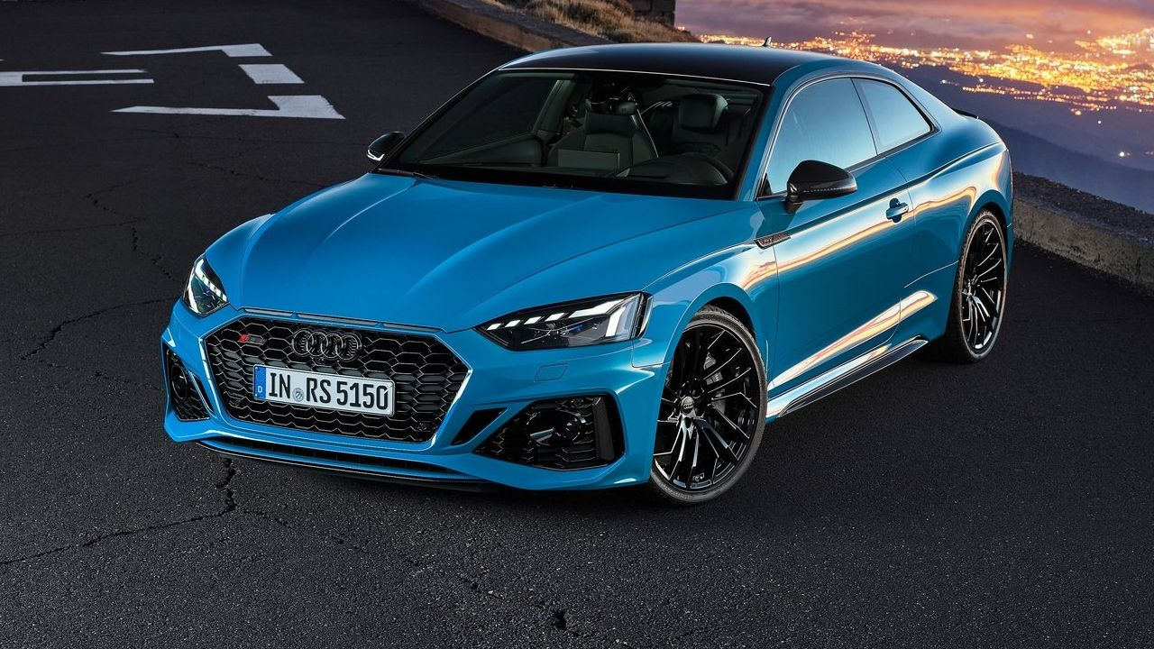 2021 Audi RS5 Coupe Front Three Quarter Static