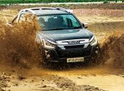 BS6 Isuzu D Max V Cross Mud Splash Front