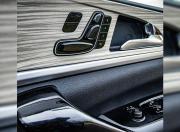 2021 Mahindra XUV700 power seats