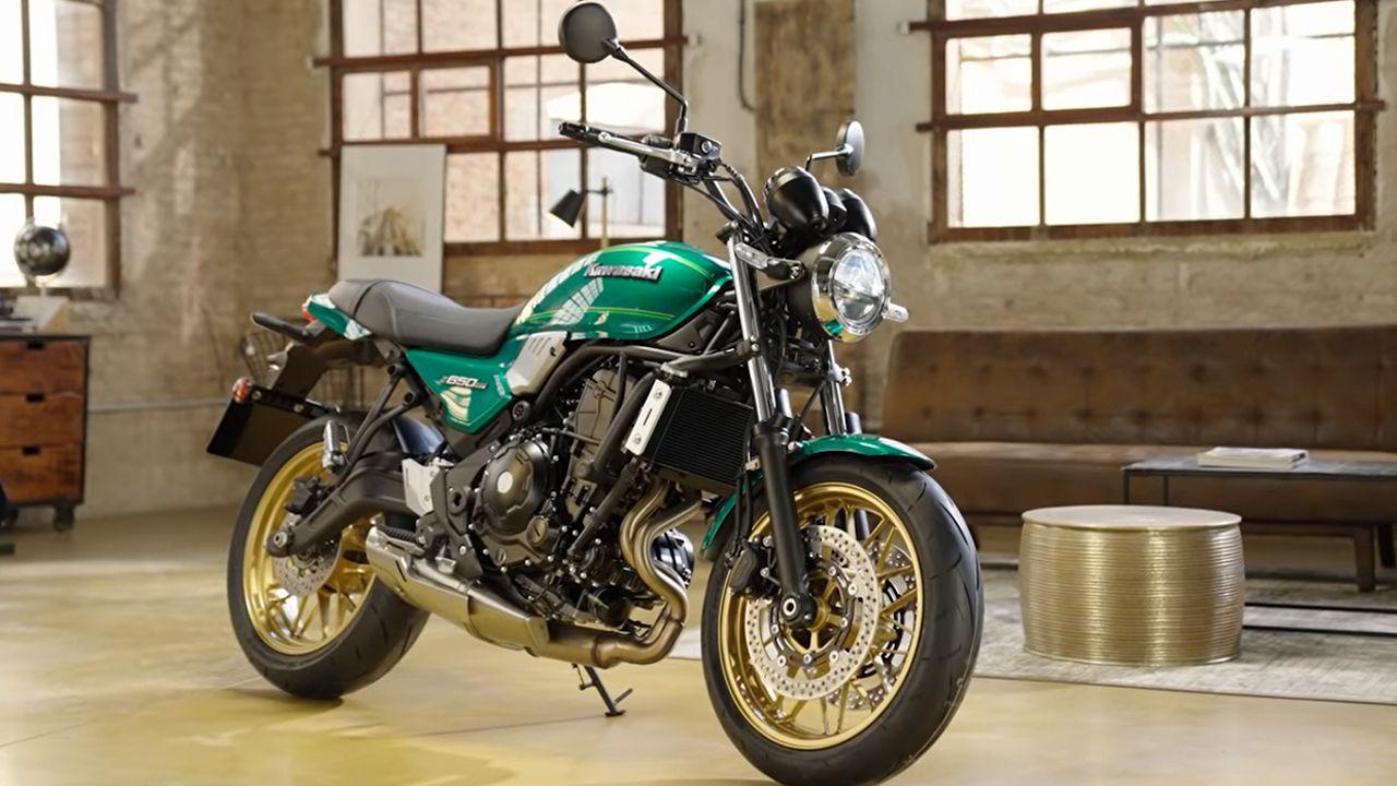 2022 Kawasaki Z650RS Front Quarter Static
