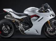 Ducati SuperSport Image 16