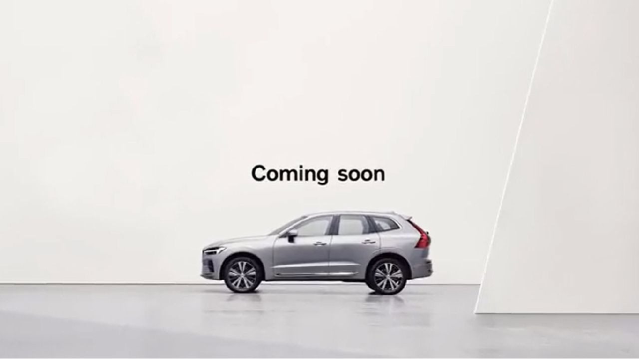 2022 Volvo XC60 Side Profile Static Shot